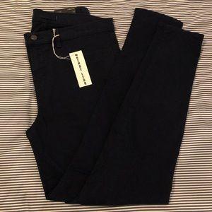 J Brand | 811 Mid Rise Skinny Pants